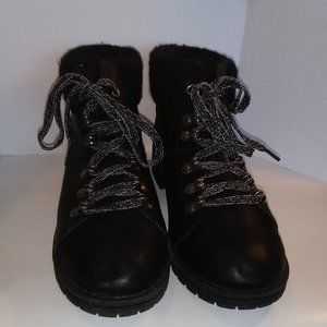 Time and True Womens Hiking Boots Size 9 Black